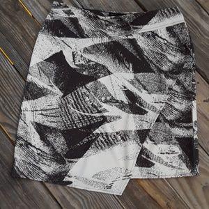 Kenneth Cole  Simetrical print MINI Skirt Brown L